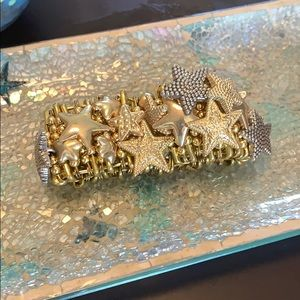 Gold Tone Star Stretch Bracelet